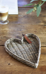 Rustic Rattan Heart Mini Tray