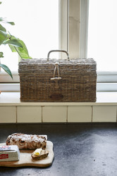 Rustic Rattan Holiday Breadbox