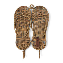 Rustic Rattan Flip Flop Cloth Hook