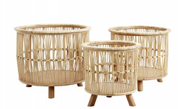 Zoe Wicker Planter