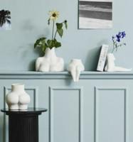 AVAJI sitting lower body, vase, white
