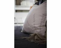 Puolipellava tyynynpäällinen Amie solmimisnauhoilla 45x45cm