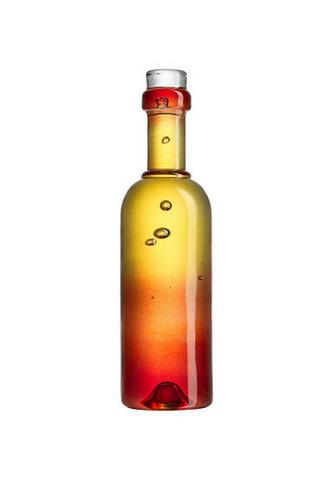 Kosta Boda Celebrate punainen viinipullo