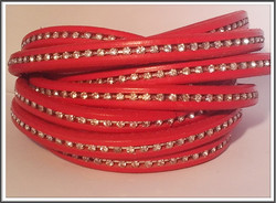 Nahkanauha Regaliz®, 10 x 7 mm, kristalli, punainen
