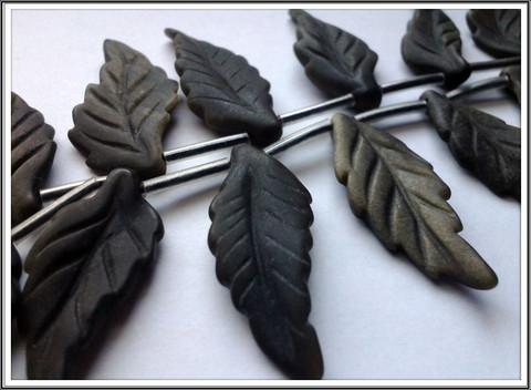 Obsidiaani, kulta, 14 x 36 mm, lehti, matta
