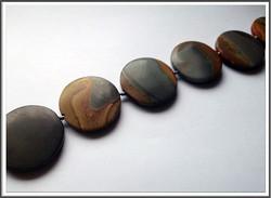 Maisemajaspis, Ø 36 mm kolikko, matta