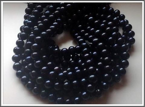 Makeanveden helmi A, pyöreä 9-10 mm, musta, ½ nauha
