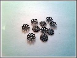 Helmihattu 7 mm kukka filigree, antiikkipronssi, 10 kpl