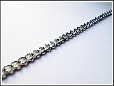 Panssariketju alumiinia, lenkit 7 x 5 mm, kirkas hopeaväri, 0.5 m