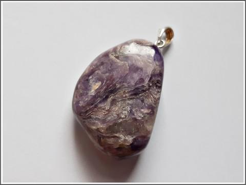 Charoiitti, riipuskivi 925 hopeisella riipuspidikkeellä, uniikki