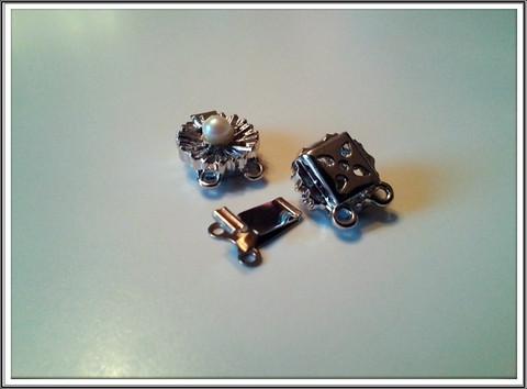 Rodinoitu rasialukko Ø 12 mm, 2-rivinen