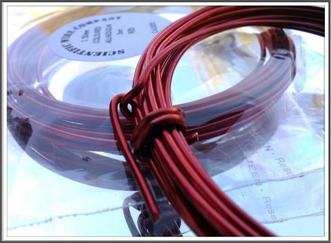 Värillinen alumiinilanka Ø 1,5 mm, 3 metriä, punainen (Red)