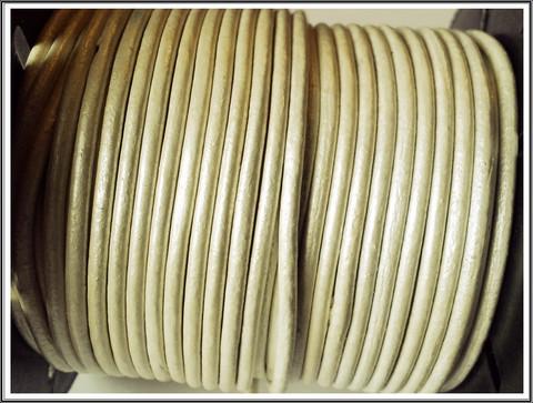 Nahkanauha Ø 2 mm, helmiäisvalkoinen, metri