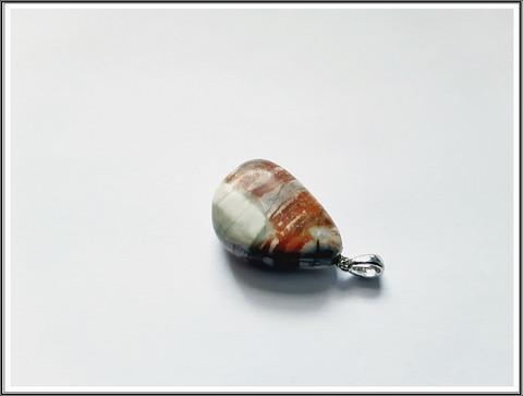 Picasso marmori, uniikki kiviriipus .925 hopeisella pidikkeellä