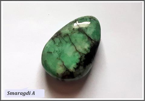 Smaragdi, uniikki riipuskivi, pisara