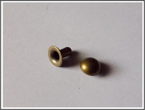 Niitit 6,5 x 6 mm, antiikkipronssi, 10 kpl