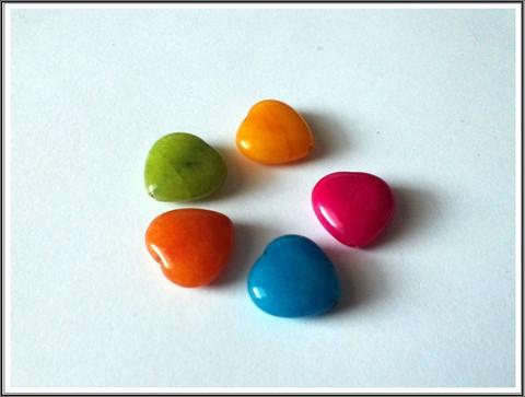 Candy Jade, 15 x 15 mm sydän, 5 kpl värilajitelma
