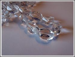 Vuorikristalli, viistetty 18 x 13 mm nugetti, 5 kpl