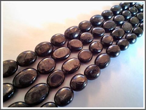 Hypersteeni 11-14 x 9 mm ovaali, ½ nauha