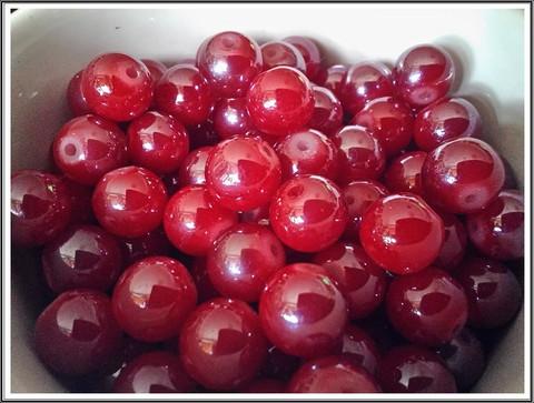 Lasihelmi 12 mm pyöreä, punainen lysteri, 20 kpl