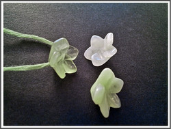 Serpentiini, 14 x 6 mm, kukka