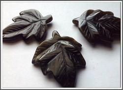Obsidiaani, kulta, 27 x 34 x 4 mm, lehti