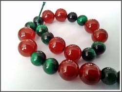 Kivihelmimix, punainen akaatti ja vihreä tiikerinsilmä AA, nauha 20 cm