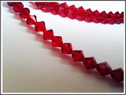 Tsekkiläinen kristallibicone 8 mm, Light Siam, 25 kpl nauha
