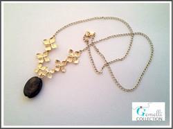 Kaulakoru, kukat & Hypersteeni-kivi, kullanvärinen