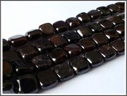 Granaatti, 8 x 8 mm litteä neliö, 10 kpl
