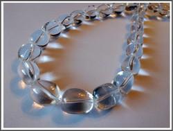 Vuorikristalli A-, 14 x 10 mm nugetti, ½ nauha