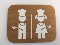 WC-kyltti - partiotyttö ja -poika kokkeina