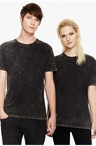 Unisex-t-paita luomupuuvillaa, sekä miehille että naisille, roiske-efekti