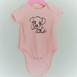 Vauvojen vaaleanpunainen body koira ja luu painatuksella.