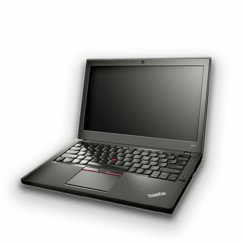 Lenovo ThinkPad X260 i5-6300U 2.4 GHz HD  8/256SSD-USA näppäimistö/A.