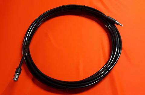 Akkuporakoneella pyöritettävä taipuisa pora-akseli, vahva suojakuori (ei varastotuote,valmistetaan tilauksesta)