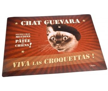 Ruokailualusta kissalle Chat Guevara