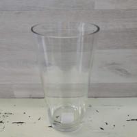 Vaasi lasinen kirkas