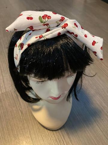 Rautalanka Huivi vaalea, kirsikat