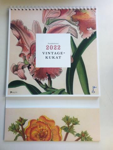Seinäkalenteri 2022, Vintagekukat