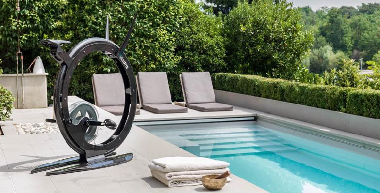 Ciclotte Bike On The Pool