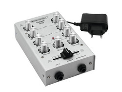 OMNITRONIC GNOME-202 Mini Mixer