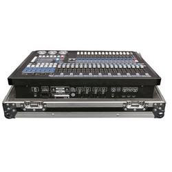 Showtec Creator 2048 Moving Light Controller incl flightcase