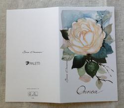 Valkoinen ruusu, kaksiosainen kortti kirjekuorella