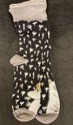Niiskuneiti / Muumipeikko pohjaväri musta, sukat