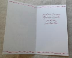 Punasävyinen kaksiosainen kortti tyttövauvalle