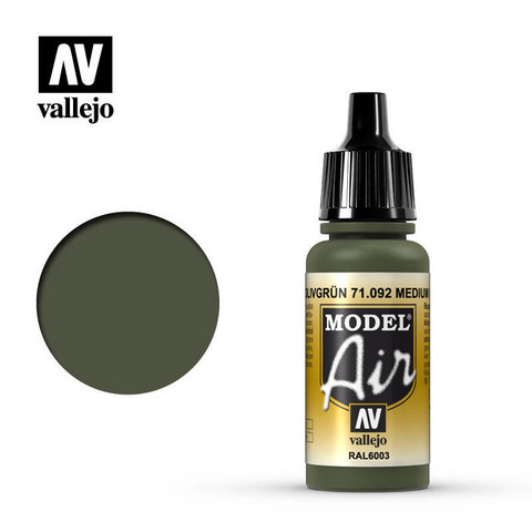 Medium Olive, Model Air 17ml