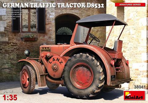 German Traffic Tractor D8532, 1:35 (Pidemmällä toimitusajalla)