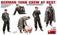 German Tank Crew At Rest, 1:35 (pidemmällä toimitusajalla)