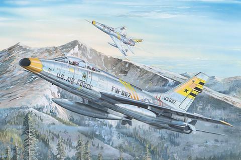 F-100F Super Sabre, 1:32 (pidemmällä toimitusajalla)